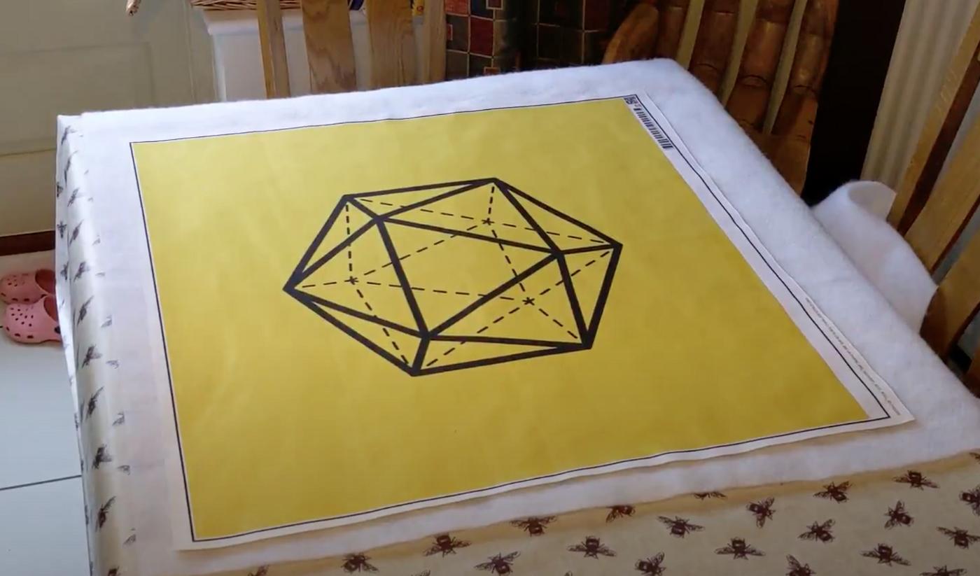 Colour Changing Icosahedron Quilt